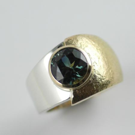 Australian Blue Green Sapphire. Yellow & White Gold Ring