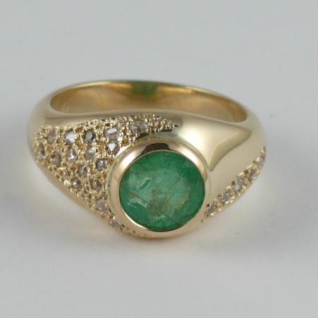 Emerald & Diamond 18ct Yellow Gold Ring