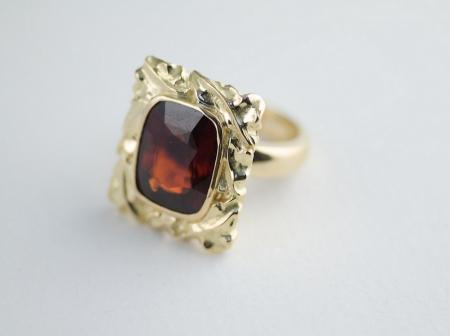 Ring - carved 22ct Gold Almandine Garnet