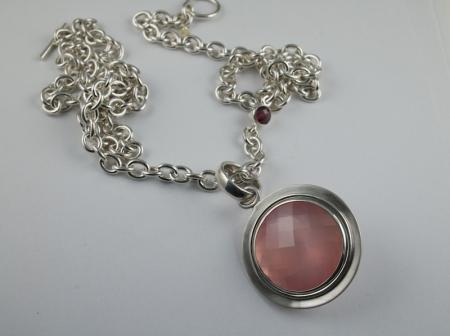 Rose quartz and silver chain and pendant