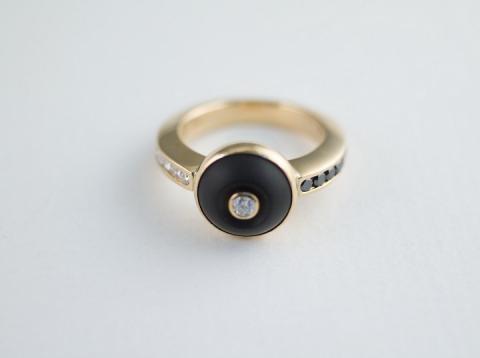 Ring Black Jade and Diamonds