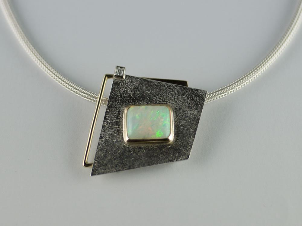 Silver and gold opal and diamonds